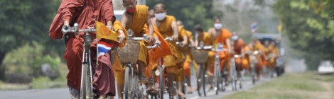Monks On Cell Phones & The Real Thailand: Meditations on Place and Hostel Culture